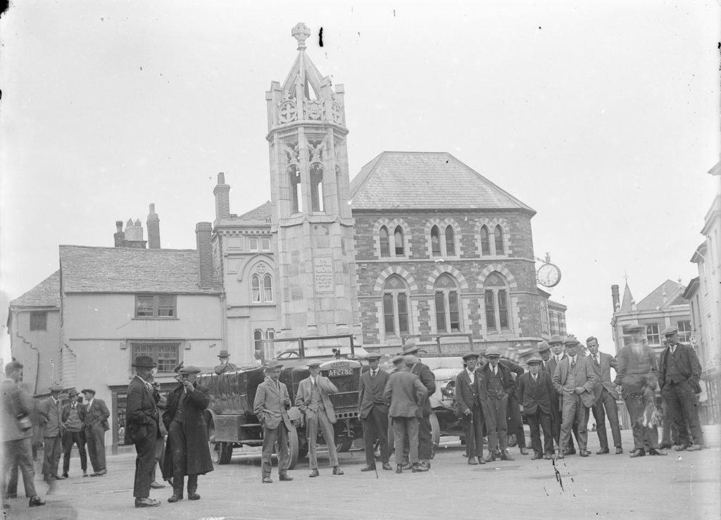 Photograph of a war memorial